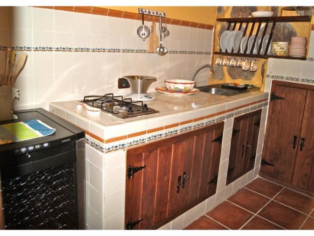 La solana de m velazquez 3 bed holiday rental house in for Kitchen set environment