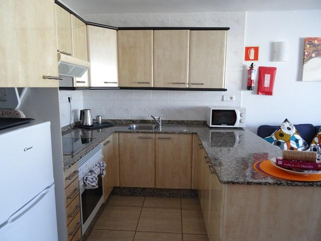 kitchen area - 3A Columbus Apartments, Puerto del Carmen, Lanzarote