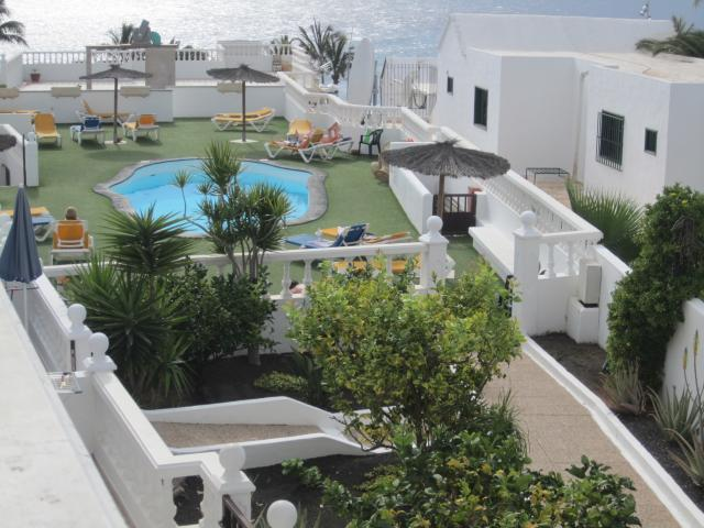 Lovely 1 bedroom apartment sleeps 2 people with sea views. Puerto del Carmen Lanzarote.