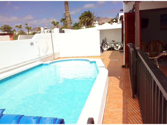 Rails, sliding lockable child safe gate  - Casa Dasha , Matagorda, Lanzarote