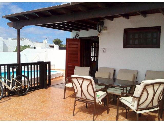 lockable sliding safety gate   - Casa Dasha , Matagorda, Lanzarote