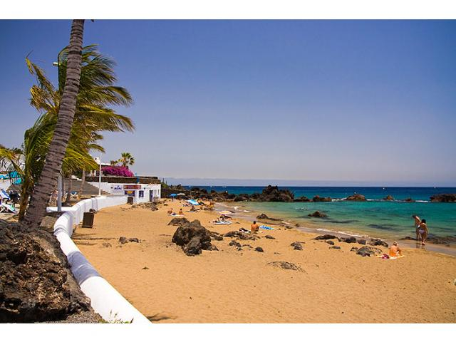 500 mt from Playa Chica - Nice Seaview Apartment, Puerto del Carmen, Lanzarote