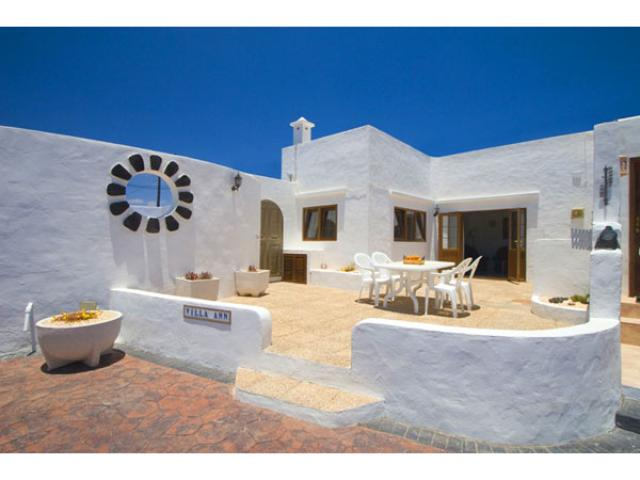 Rural Villa - Private Pool, With Lockable Gate - Fast wifi - FREE!