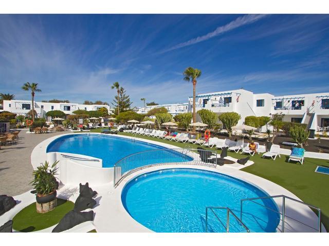 Swimming pool has a childrens section - 2 Bed - Diamond Club Calypso, Puerto del Carmen, Lanzarote
