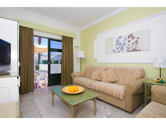 Apartment lounges have a sofa bed - 1 Bed - Diamond Club Maritima, Puerto del Carmen, Lanzarote