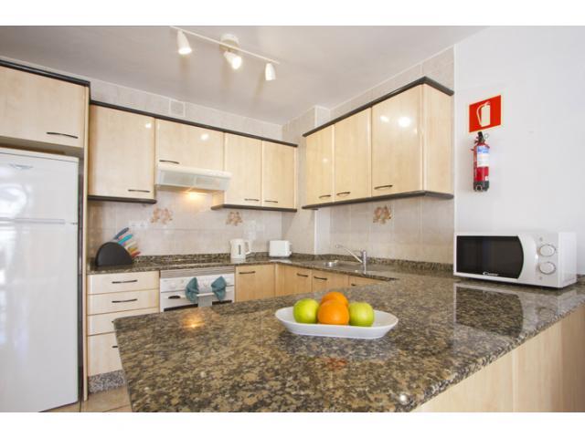 Kitchen area - Columbus 5B, Puerto del Carmen, Lanzarote