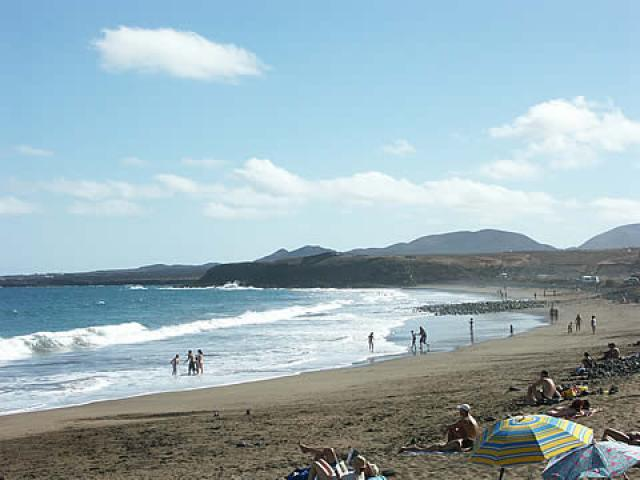 Local beach in Arrieta - 2 bed, sea view apartment, Punta Mujeres, Lanzarote