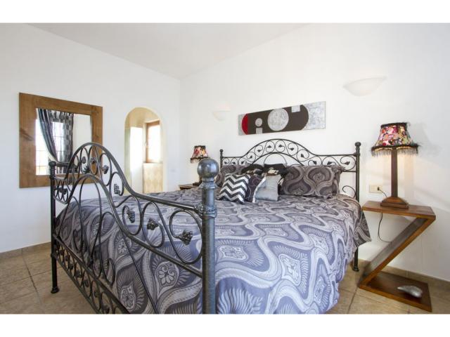En-suite Bedroom pic 2 - Villa Mercedes, Nazaret, Lanzarote