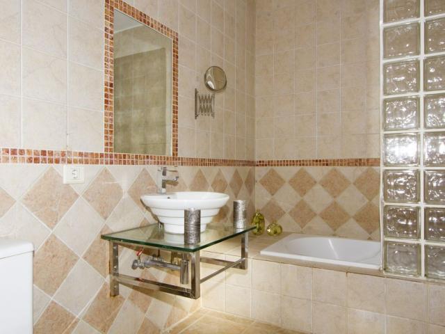 Bathroom - Villa Mercedes, Nazaret, Lanzarote