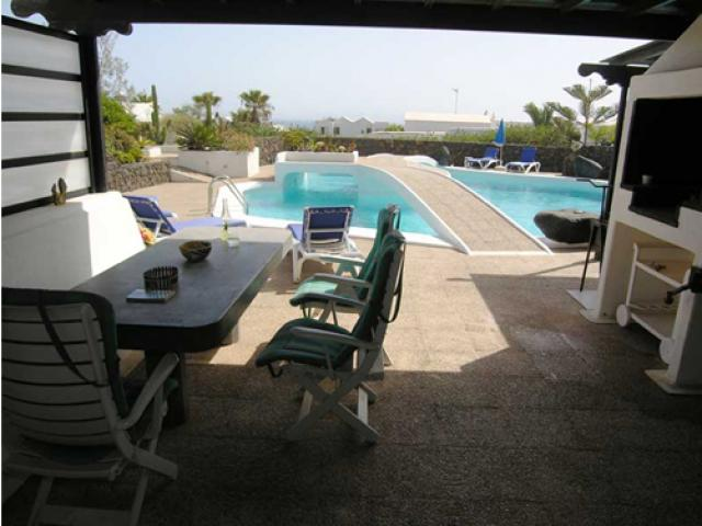 View of the pool from the atrium - Villa Charlotte, Playa Blanca, Lanzarote