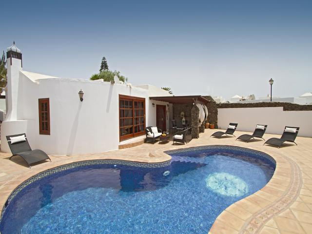 Private Villa in Los Mojones, Puerto Del Carmen with Pool - near the main beach