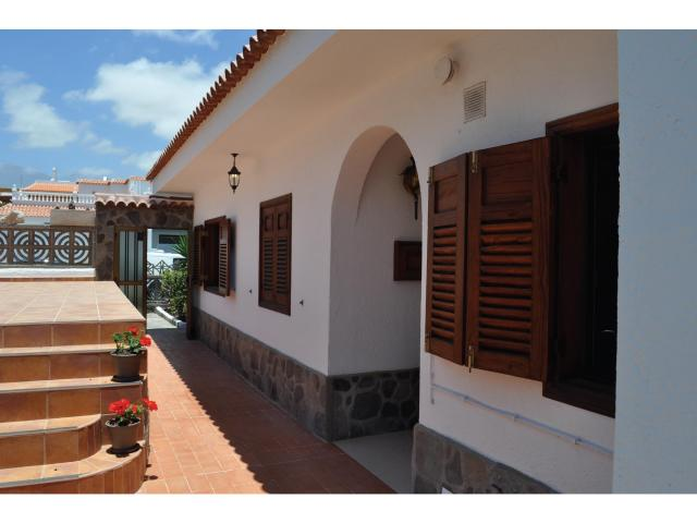 Los Cisnes - El Medano - Terrace - Los Cisnes, El Medano, Tenerife
