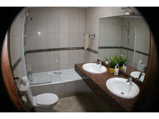 Bathroom 1 - Casa Margaret, Playa Blanca, Lanzarote