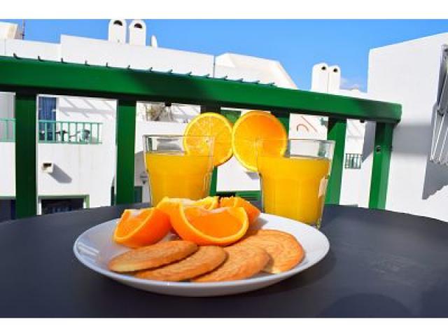 Nice spot to enjoy a breakfast - Holiday Urban, Corralejo, Fuerteventura