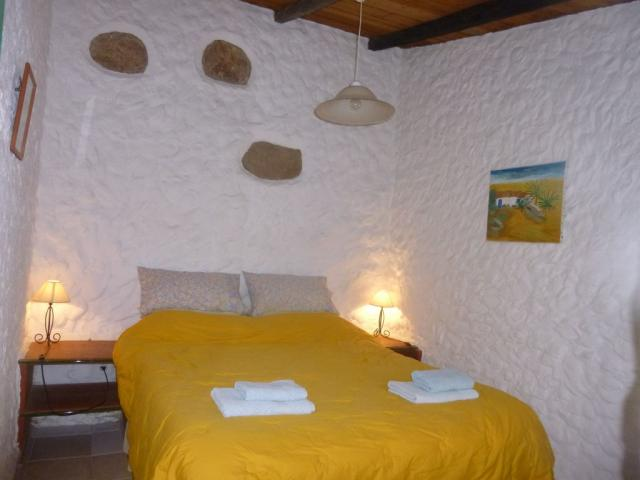 Main bedroom - king size bed - Finquita Strelitzia, San Miguel, Tenerife