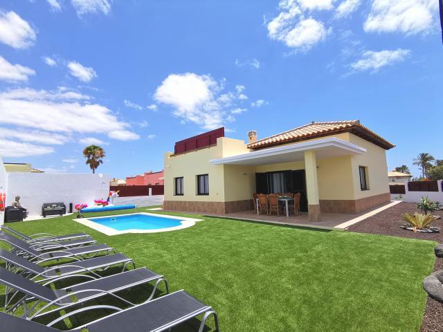 - Villa Laura, Caleta de Fuste, Fuerteventura